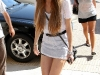 lindsay-lohan-leggy-at-christian-louboutin-shoe-store-in-hollywood-15