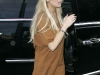 lindsay-lohan-leggy-candids-at-24-karat-diamond-store-06