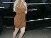 lindsay-lohan-leggy-candids-at-24-karat-diamond-store-13