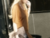 lindsay-lohan-leggy-candids-at-24-karat-diamond-store-15