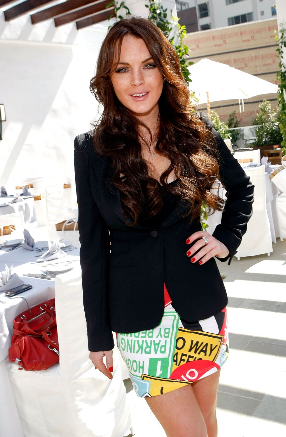 lindsay-lohan-paper-magazine-march-issue-luncheon-in-west-hollywood-01