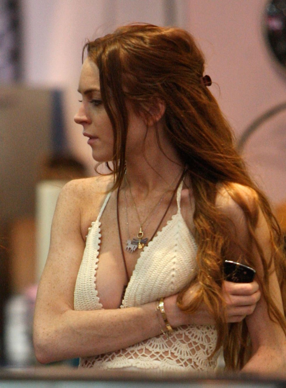lindsay-lohan-candids-in-hollywood-01
