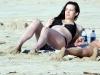 liv-tyler-bikini-candids-in-hawaii-08