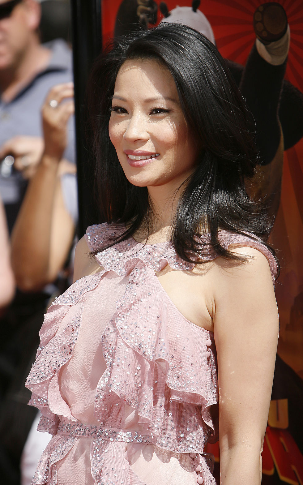 lucy-liu-kung-fu-panda-premiere-in-hollywood-07