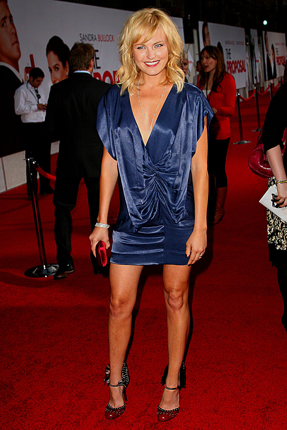 malin-akerman-the-proposal-premiere-in-hollywood-01