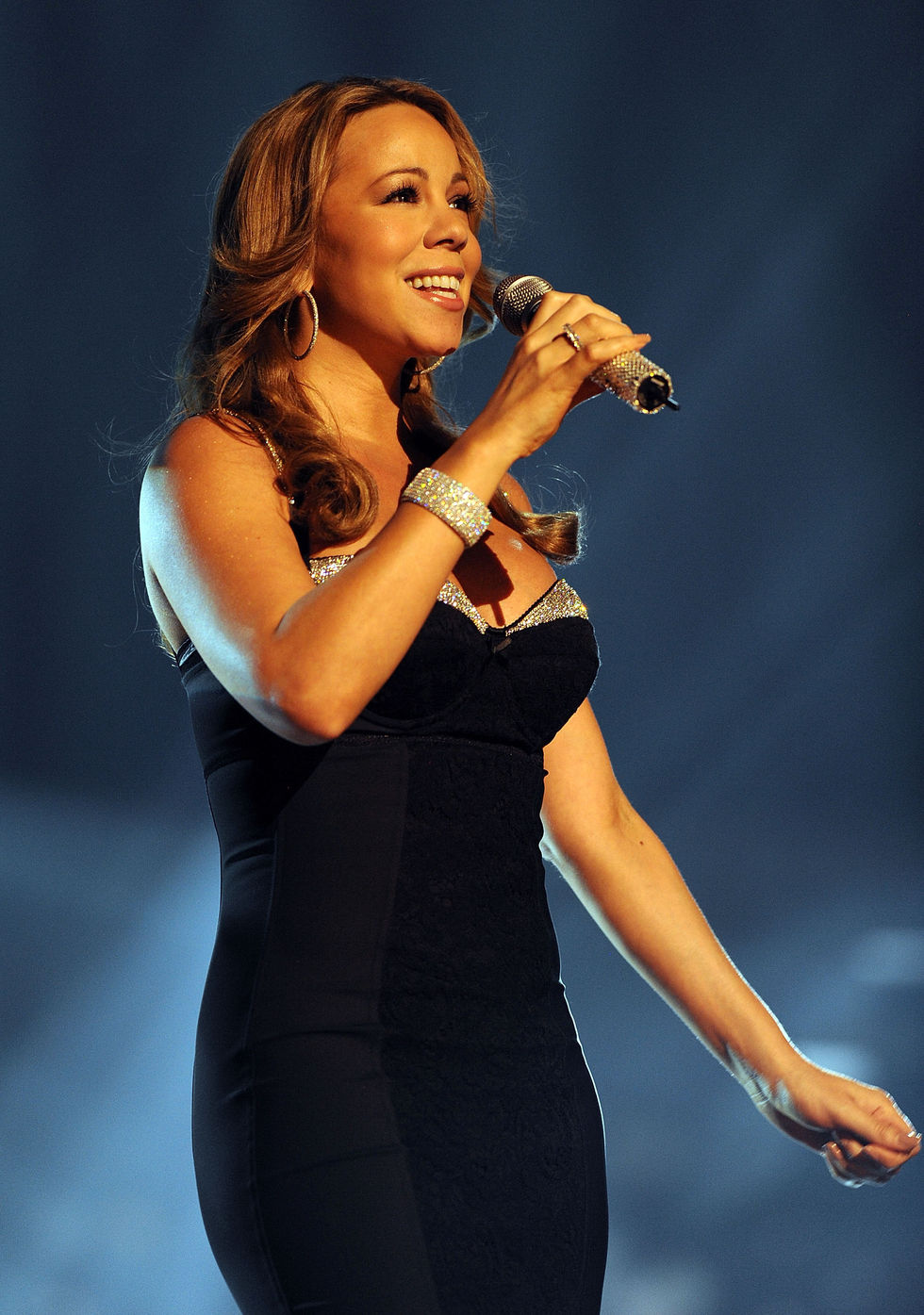 mariah-carey-2008-american-music-awards-01