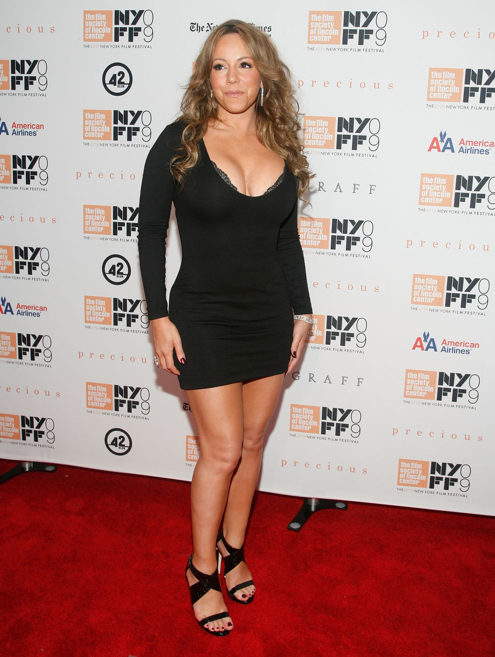 mariah-carey-and-her-cleavage-at-precious-screening-09