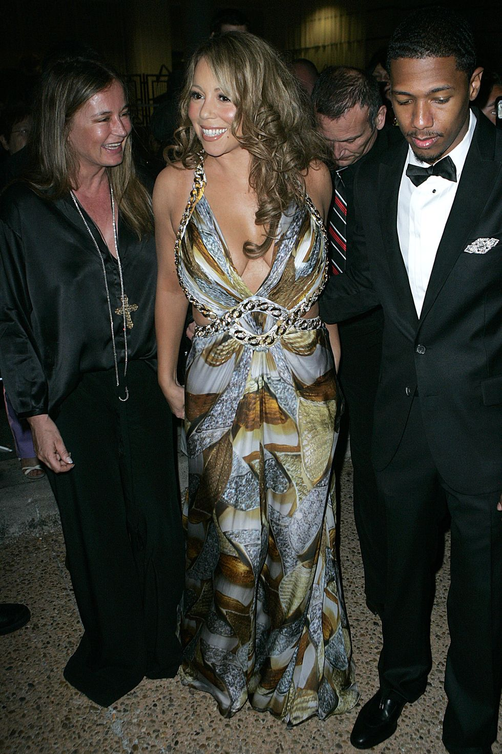 mariah-carey-at-party-on-robert-cavallis-yacht-in-cannes-02