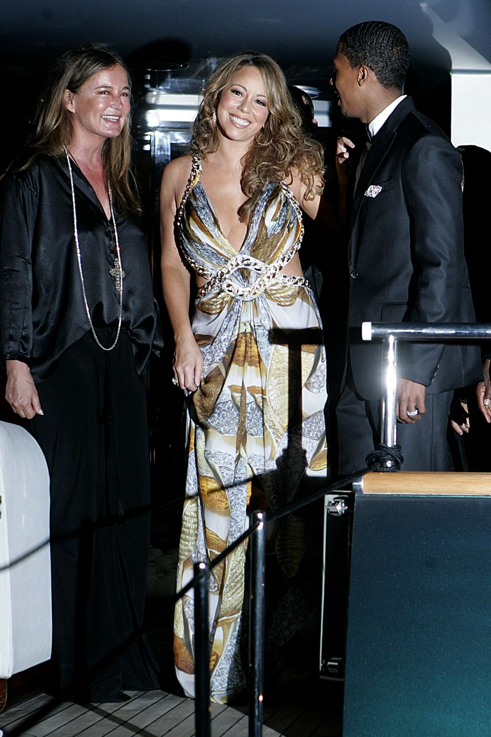 mariah-carey-at-party-on-robert-cavallis-yacht-in-cannes-03