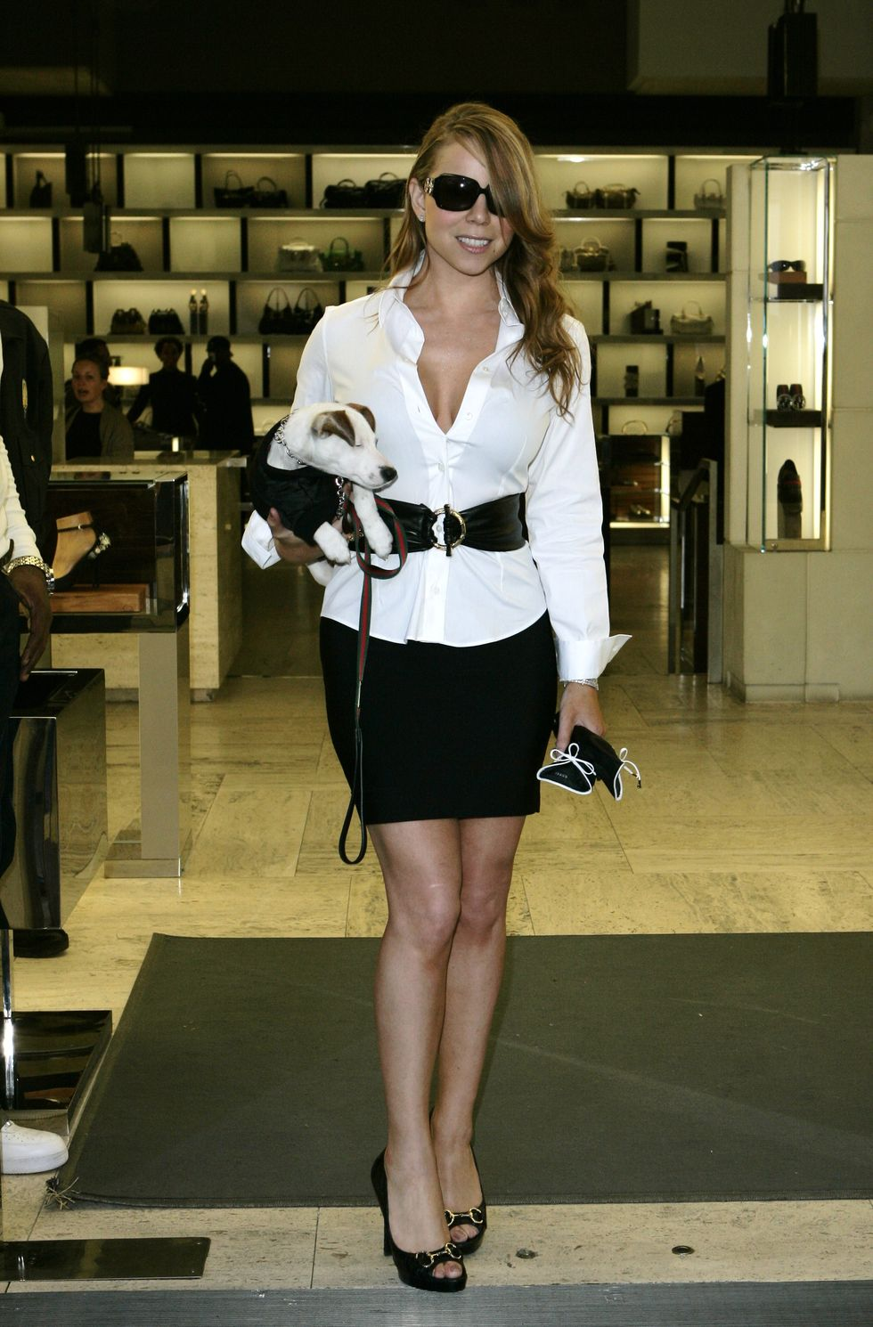 mariah-carey-cleavage-candids-at-gucci-store-in-beverly-hills-01