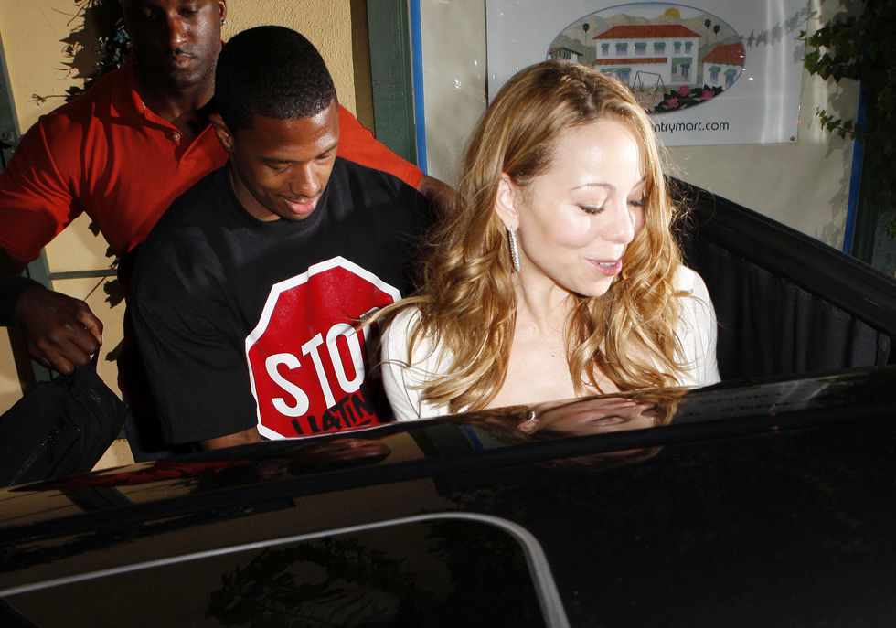mariah-carey-cleavage-candids-at-the-nobu-restaurant-in-malibu-01