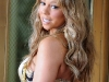mariah-carey-cleavage-candids-at-the-set-of-obsessed-music-video-17