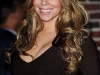mariah-carey-cleavagy-as-she-visits-david-letterman-show-13