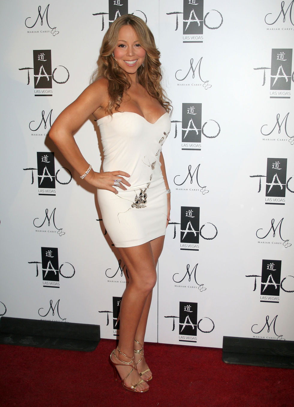 mariah-carey-new-years-eve-at-tao-01
