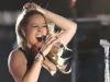 mariah-carey-performs-at-babylon-court-in-hollywood-09