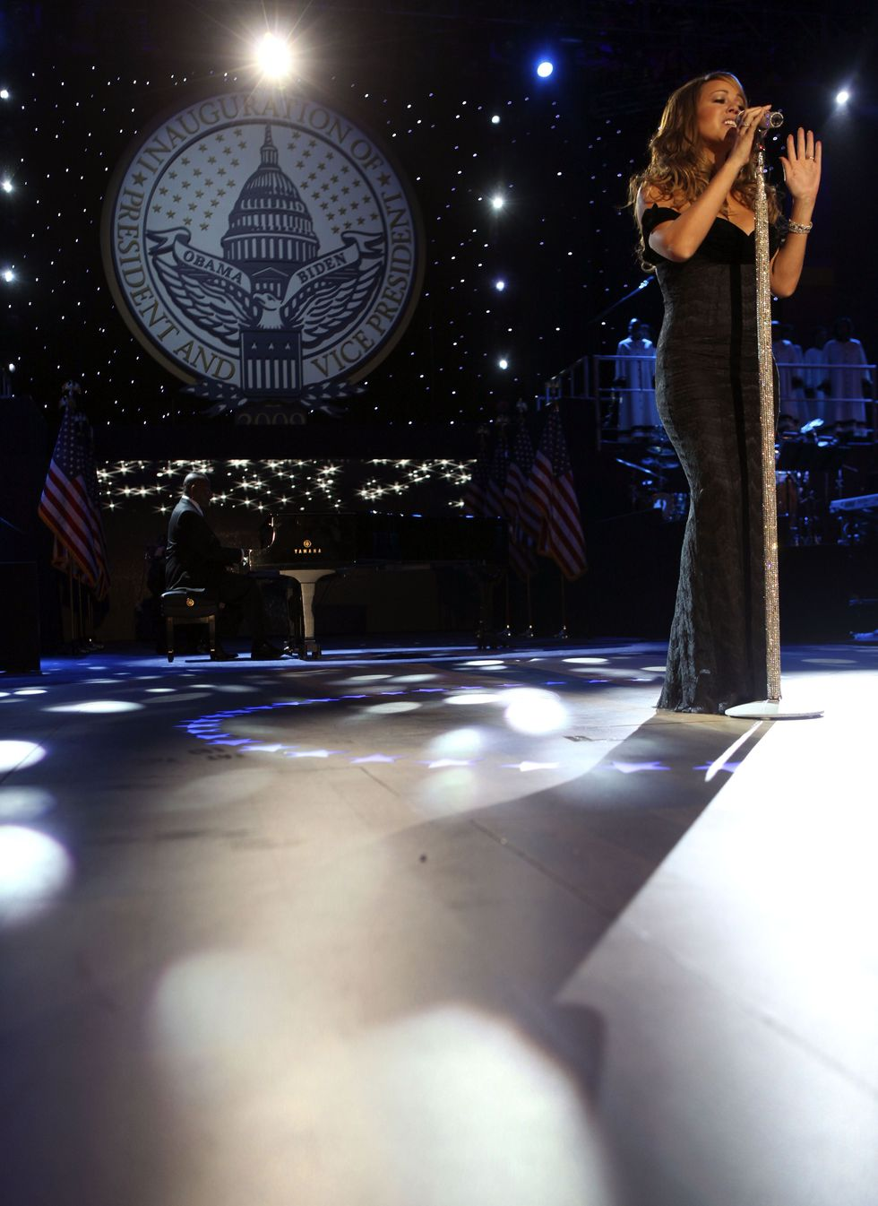 mariah-carey-performs-at-the-neighborhood-inaugural-ball-in-washington-01