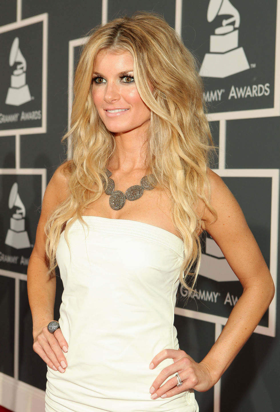marisa-miller-52nd-annual-grammy-awards-in-los-angeles-03