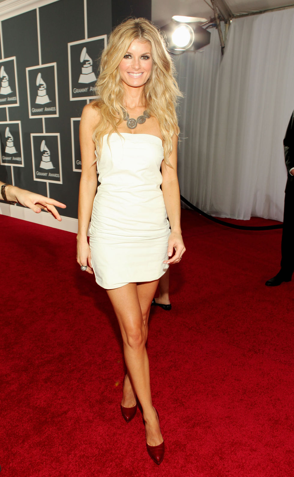 marisa-miller-52nd-annual-grammy-awards-in-los-angeles-06