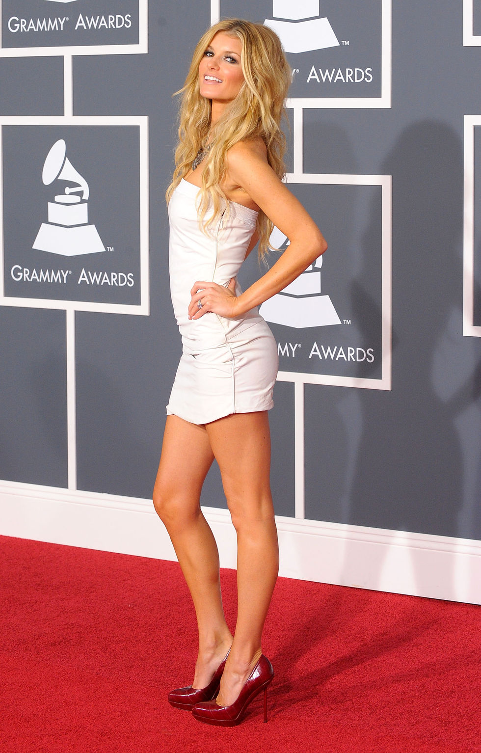 marisa-miller-52nd-annual-grammy-awards-in-los-angeles-13