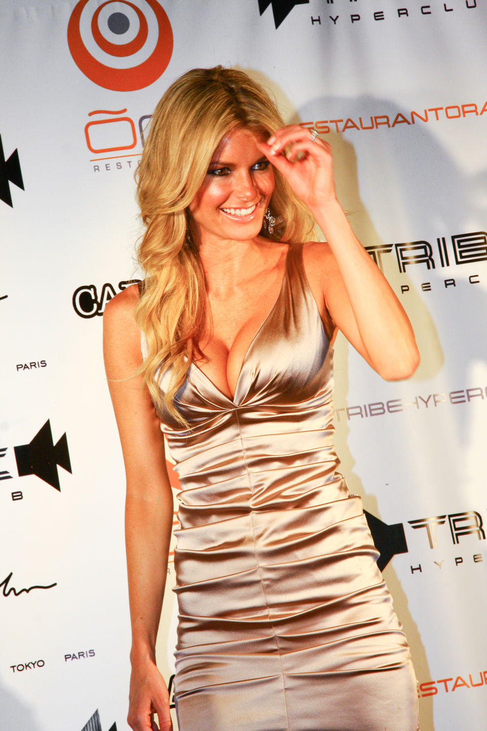 marisa-miller-at-tribe-hyperclub-in-montreal-01