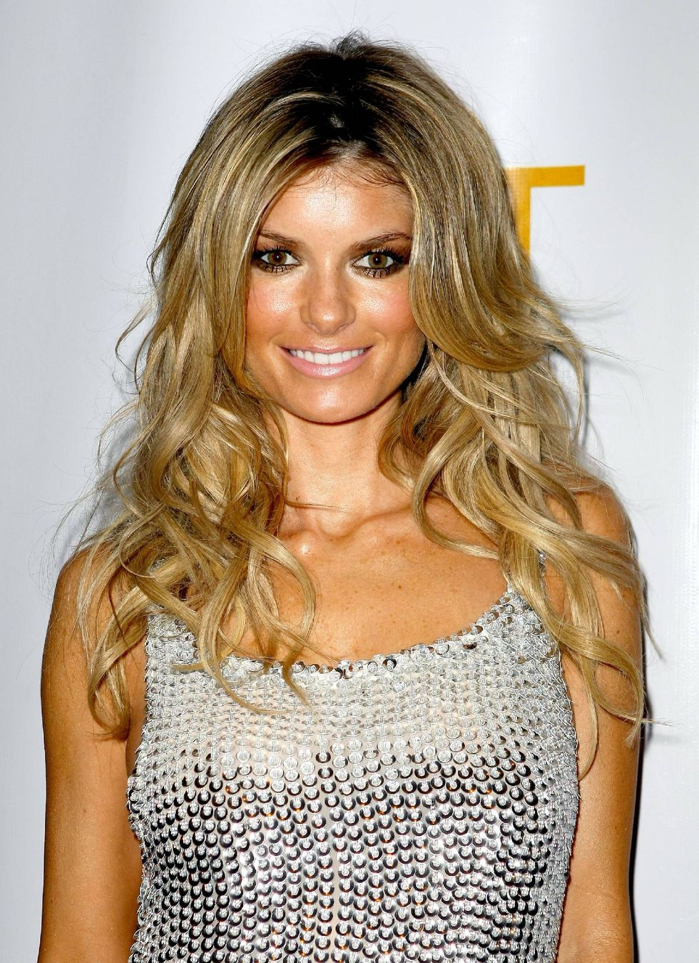 marisa-miller-hosts-a-night-at-jet-nightclub-17