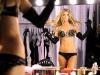 marisa-miller-victorias-secret-fashion-show-backstage-04