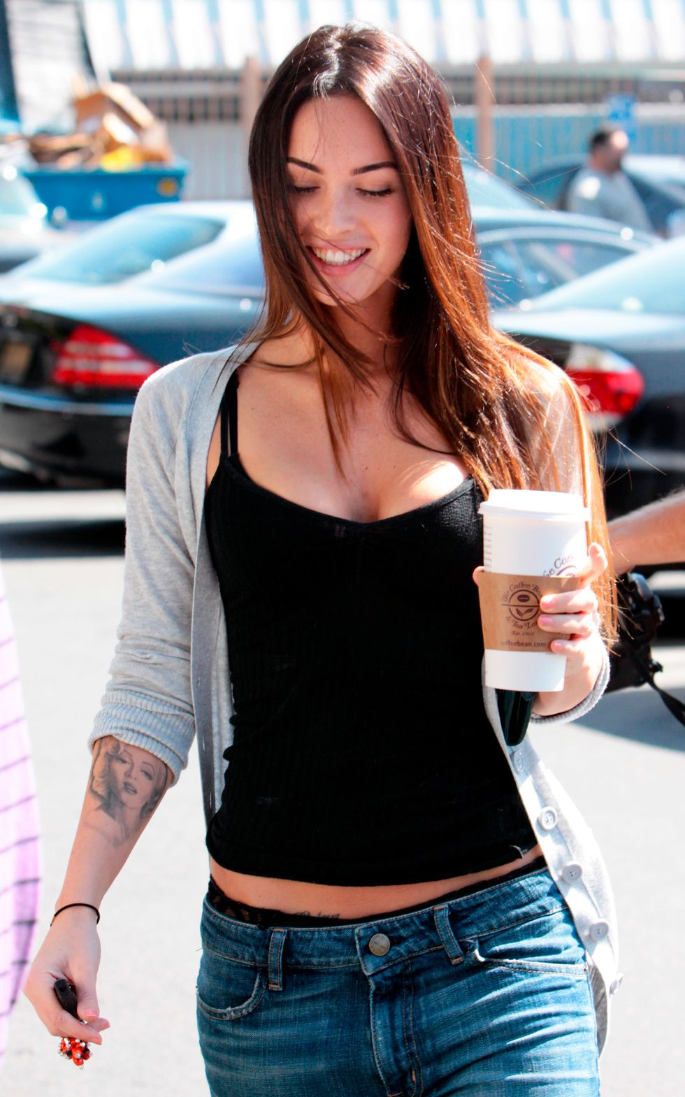 megan-fox-cleavage-candids-in-los-angeles-02