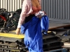 megan-fox-cleavage-candids-on-the-set-of-transformers-2-in-hollywood-04