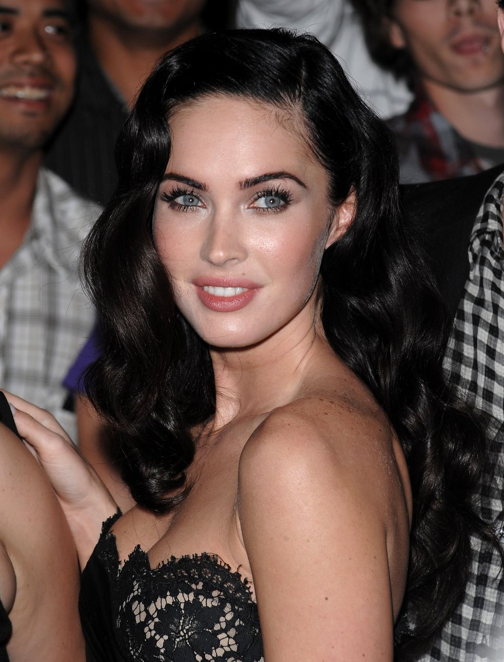 megan-fox-jennifers-body-premiere-in-toronto-01