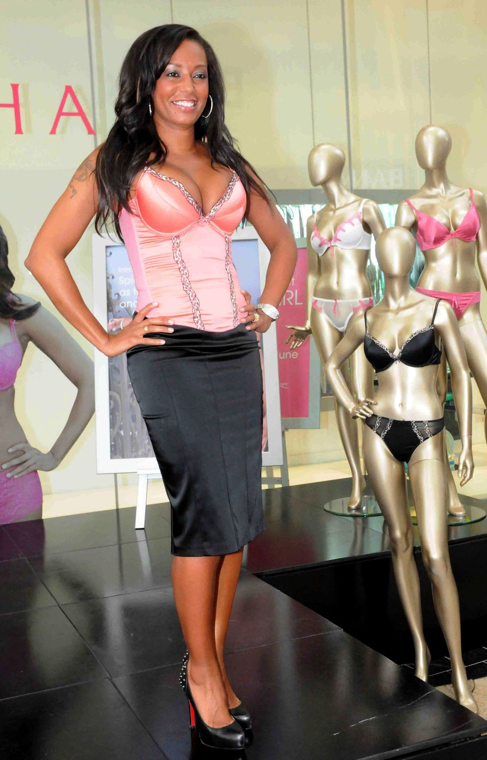 mel-b-at-ultimo-underwear-launch-in-glasgow-01