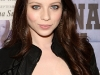 michelle-trachtenberg-anna-suis-collection-launch-in-new-york-07