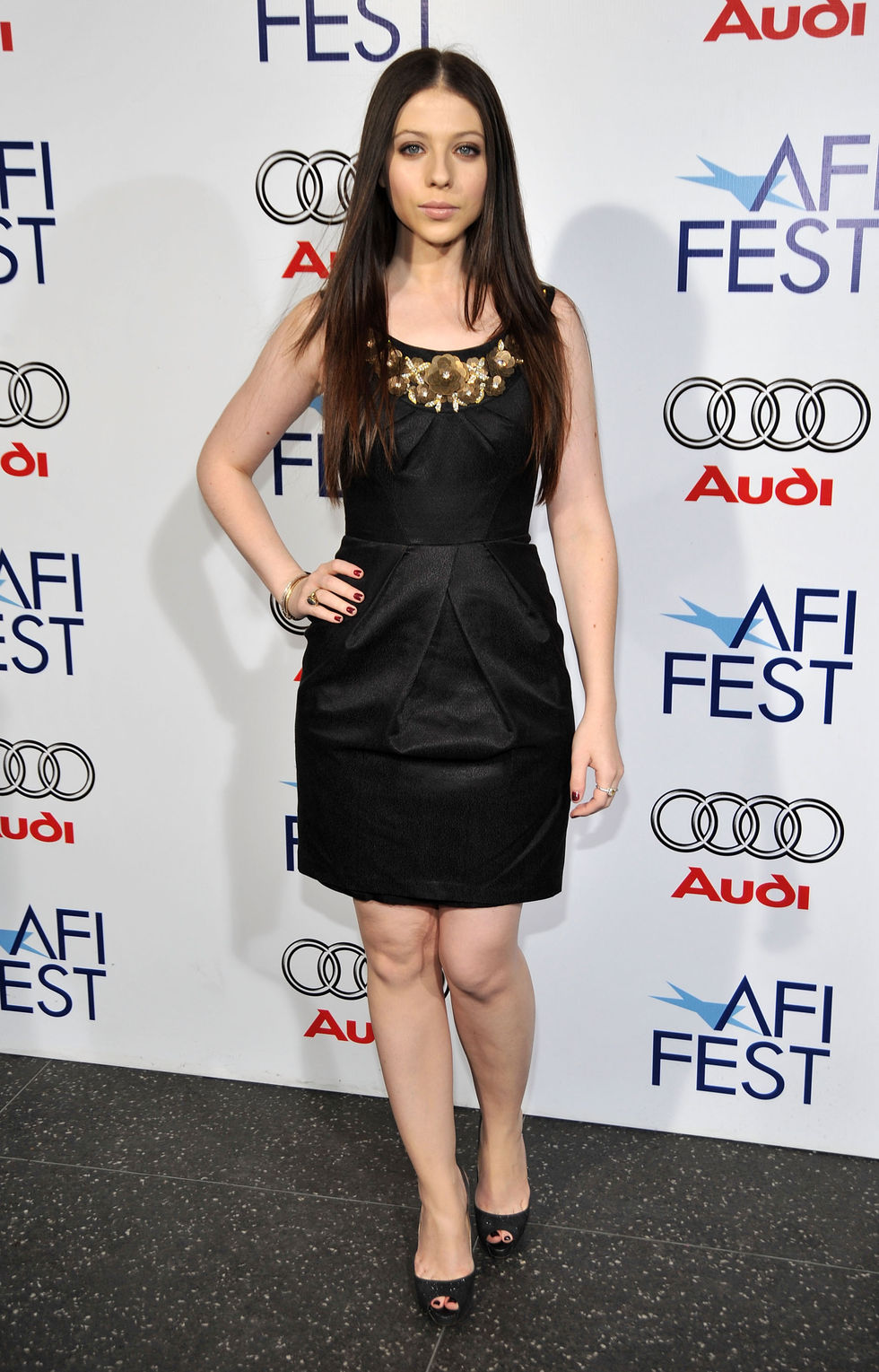 michelle-trachtenberg-che-screeening-at-2008-afi-fest-in-hollywood-01