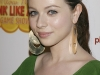 michelle-trachtenberg-meow-mix-think-like-a-cat-game-show-premiere-in-los-angeles-14