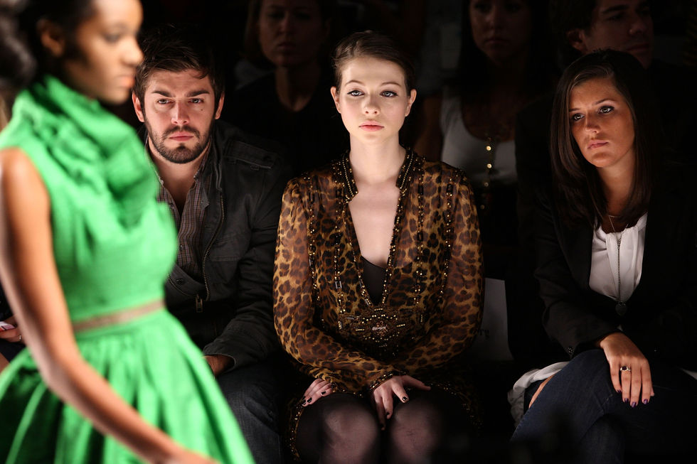 michelle-trachtenberg-project-runway-finalists-fashion-show-in-new-york-01