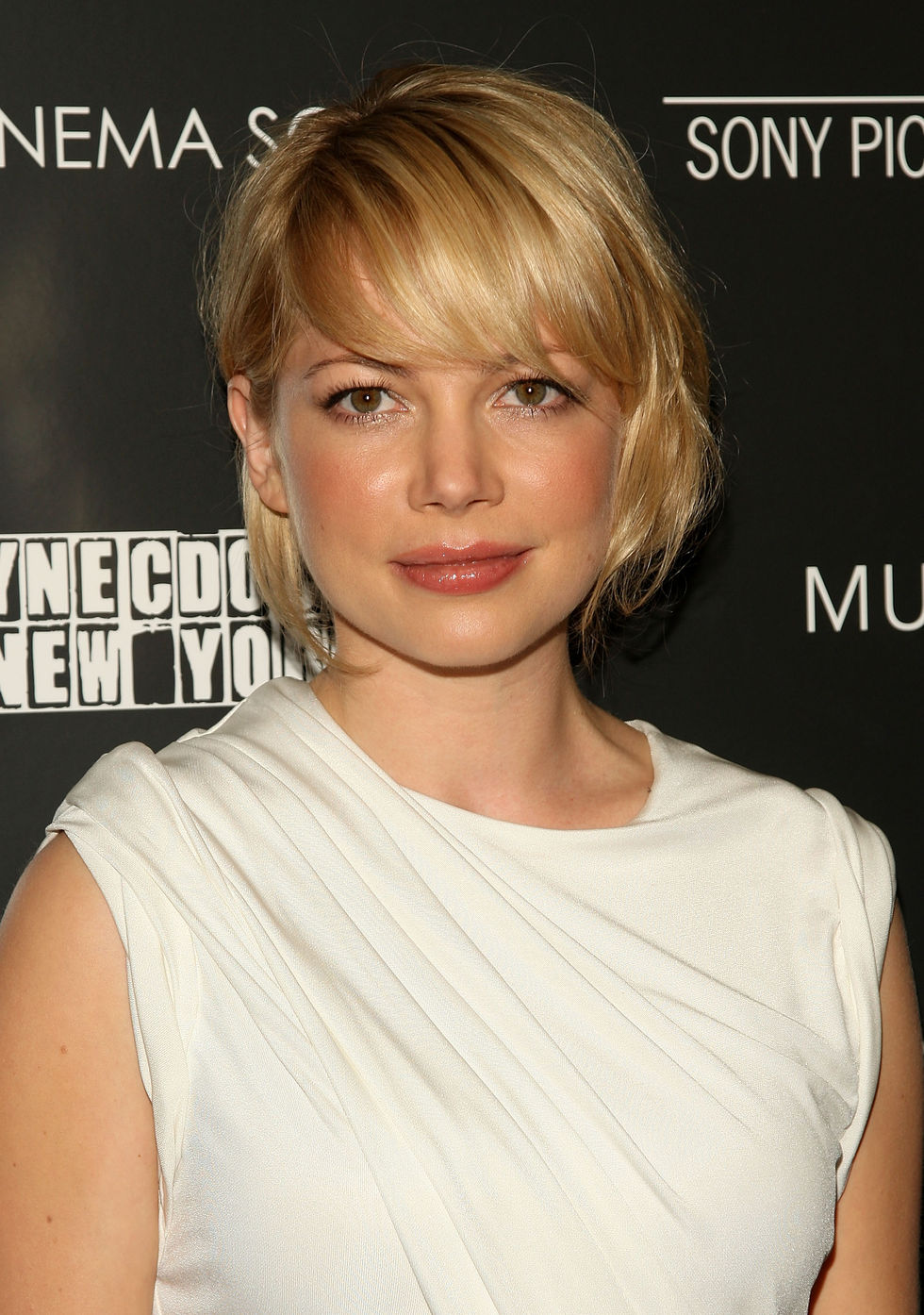 michelle-williams-synecdoche-new-york-screening-in-new-york-city-01