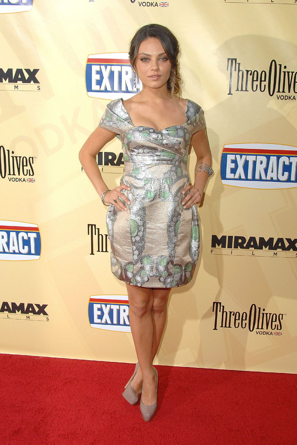mila-kunis-extract-premiere-in-los-angeles-17