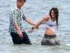 miley-cyrus-at-the-set-of-the-last-song-in-savannah-14