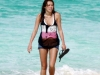 miley-cyrus-candids-at-the-beach-in-bahamas-07