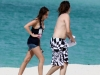 miley-cyrus-candids-at-the-beach-in-bahamas-08