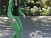 miley-cyrus-downblouse-candids-in-los-angeles-08