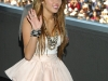 miley-cyrus-hannah-montana-the-movie-premiere-in-madrid-16
