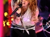 miley-cyrus-mtvs-new-years-eve-special-08