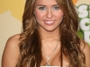 miley-cyrus-nickelodeons-22nd-annual-kids-choice-awards-10
