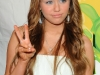 miley-cyrus-nickelodeons-22nd-annual-kids-choice-awards-12