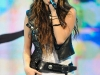 miley-cyrus-performing-at-staples-center-in-los-angeles-05