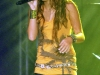 miley-cyrus-performs-at-atlantis-live-concert-series-in-bahamas-01