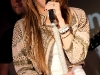 miley-cyrus-performs-live-at-itunes-in-london-10