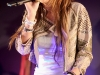 miley-cyrus-performs-live-at-itunes-in-london-12