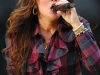 miley-cyrus-performs-on-good-morning-america-03