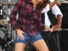 miley-cyrus-performs-on-good-morning-america-05